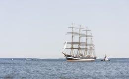 Krusenstern statek przyjeżdża Tallinn Morscy dni Obraz Royalty Free