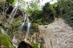 Krushuna vattenfall Arkivbild