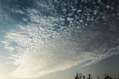 Krusning i skyen Arkivbilder