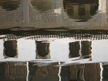 Krusningar och reflexioner Arkivbild