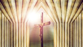 Kruzifix, Jesus auf dem Kreuz in der Kirche lizenzfreie stockfotografie