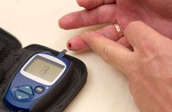 Krwionośnego cukieru monitorowanie zdjęcia stock