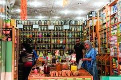 Kryddan shoppar i Tangeri (Marocko) Arkivfoto