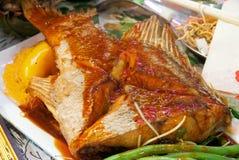 kryddig asiatisk fisk royaltyfri fotografi