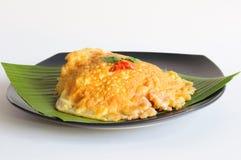 Kryddig omelett på bananbladet Royaltyfria Foton