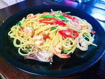 Kryddig spagettiskaldjur royaltyfri fotografi