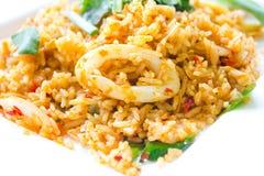 Kryddiga stekte ris Arkivfoton
