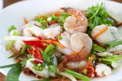 kryddigt thai för klädd sallad arkivbild