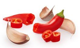 Kryddnejlikor av grönsaker för vitlök och för peppar för röd chili för snitt Royaltyfri Bild