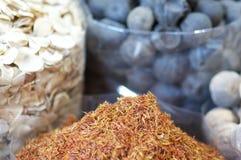 Kryddor i arabisk marknad Fotografering för Bildbyråer