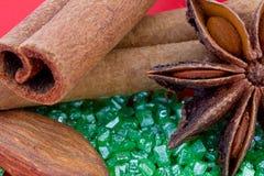 Kryddor och mandelar Arkivbild