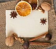 Kryddor och papper Royaltyfria Foton