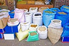 Kryddor på marknaden av Marrakesh, Marocko Arkivfoto