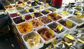 Kryddor på marknaden i Grekland Royaltyfria Bilder