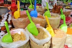 Kryddor på marknadsplatsen Royaltyfri Bild