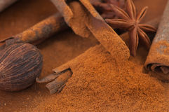 kryddor table trä Arkivbilder
