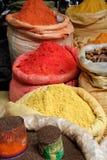 Kryddor travde högt i påsar arkivfoto