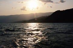Krymski Seacoast blisko Yalta w zmierzchu Zdjęcia Stock