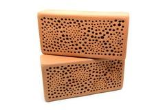 Kryphotell som göras av tegelstenstenen för lösa bin och getingkryp Royaltyfria Foton