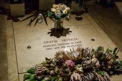 Kryptan i domkyrkan av den Monaco domkyrkan Royaltyfri Fotografi