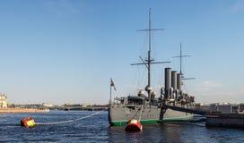 Kryssaremorgonrodnaden, St Petersburg Royaltyfri Fotografi
