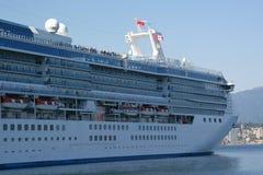 kryssning anslutad ship Royaltyfri Fotografi