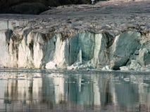 kryssning glaciar svalbard Royaltyfri Foto