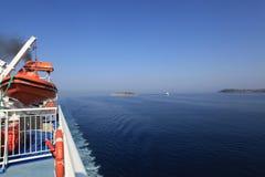 Kryssning i det Ionian havet Royaltyfria Bilder