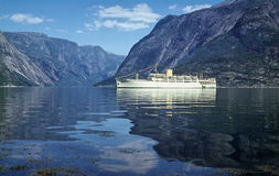 kryssningfjord Arkivfoton