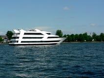 kryssningflodship Royaltyfri Bild