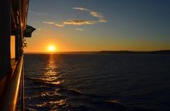 Kryssningshipdäck på solnedgången Arkivfoton