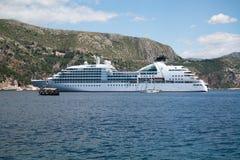 Kryssningskepp, Dubrovnik Royaltyfria Bilder