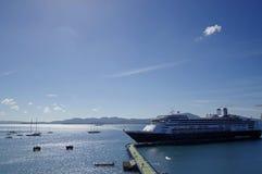 Kryssningskeppet Rotterdam anslöt i porten av Fort-de-France i Martinique Rotterdam Royaltyfri Foto