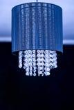 Krystaliczny świecznik - błękitna lampa Obrazy Stock