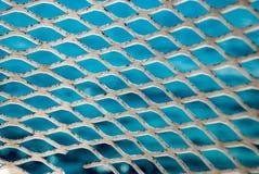 Krystaliczny Błękitny Nawadnia Karaiby Za promu poręczem Zdjęcia Stock