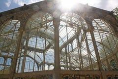 Krystaliczny pałac, piękna budowa Ściany i szklani sufity Obrazy Stock