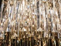 Krystaliczny świecznik Zamyka up na krysztale contempo zdjęcia stock