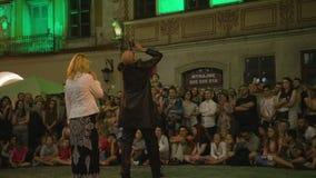 Krystian Minda Sword Swallower Show in Lublin Stock Afbeeldingen