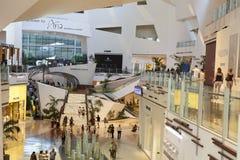Kryształu centrum handlowego wnętrze w Las Vegas, NV na Kwietniu 27, 2013 Fotografia Stock