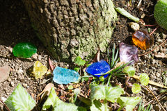 Kryształu kamień w zielony plenerowym Obraz Stock