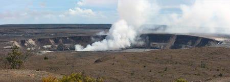 Krzepki Ma ` uma ` u wulkanu krater, Duża wyspa Zdjęcie Royalty Free