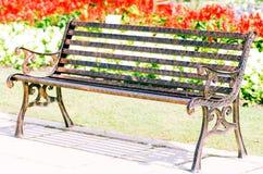 krzesła ścinku odosobniony ścieżki rocznika biel Fotografia Stock