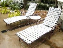 krzesła basenu śnieg Zdjęcia Royalty Free