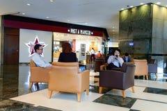 krzesło cukierniani opróżniają wnętrze numery tablic Fotografia Stock