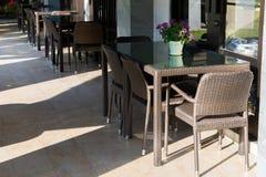 Krzesło i biurko, Zgłaszamy set na sklep z kawą Obraz Stock