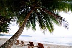 Krzesło na plaży obrazy royalty free