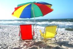 krzesło plażowi parasolkę Fotografia Stock