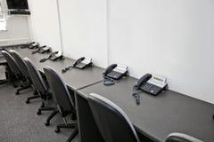 Krzesła i kabli naziemnych telefony w telewizyjnej staci Obraz Royalty Free