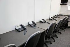 Krzesła i kabli naziemnych telefony w telewizyjnej staci Fotografia Royalty Free