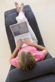 krzesło laptopa posiedzenie do kobiet Zdjęcia Stock